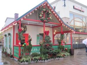 PRO Santa House at Bridgeport Village 2011